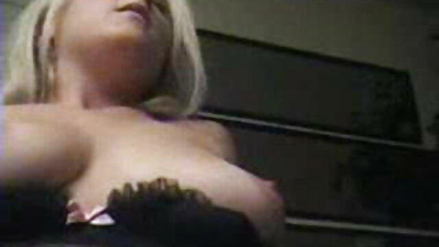 Duro anal para la adolescente Ziggy últimos vídeos de faking Star
