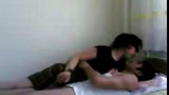 Agente pública Katy Pearl follatelos videos gratis follada por su apretado coño en un coche