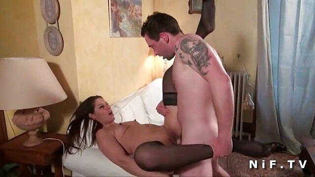 Profundo en su culo - Trío videos completos fakings anal con Bobbi Star y Alysa