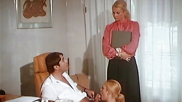 vrouw verwent haar fakings hd gratis man puerta dobladillo te neuken